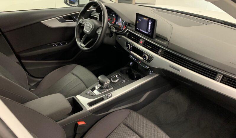 AUDI A4 AVANT 2.0 TDI 190CV QUATTRO SLINE EDITION lleno